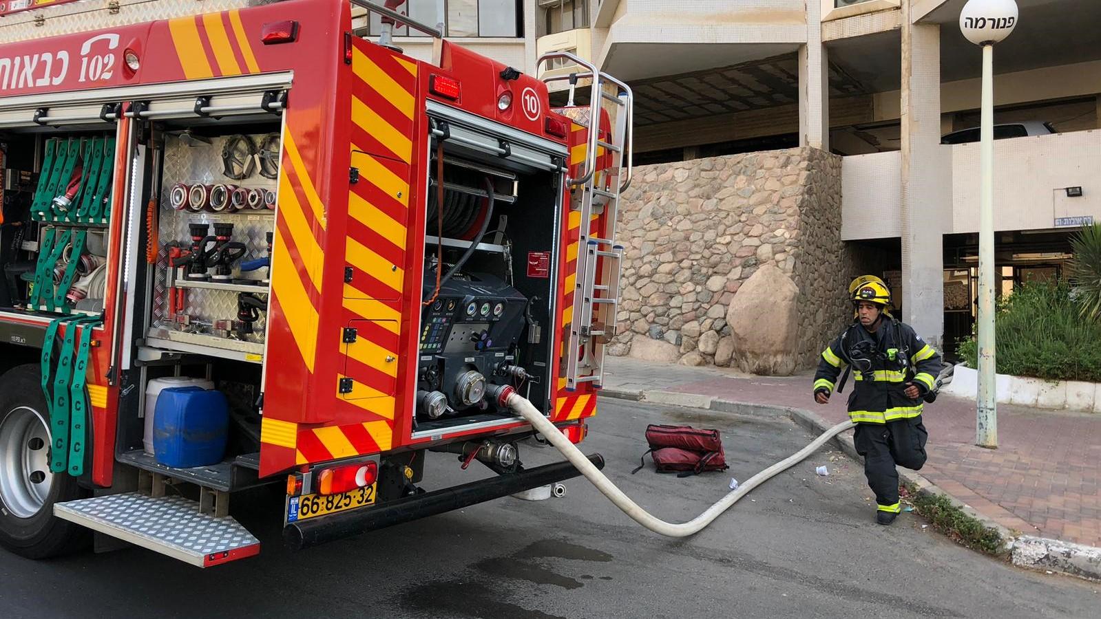 שריפה פרצה בבניין באילת.