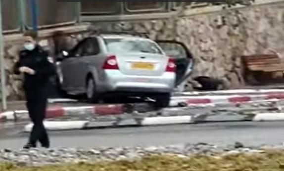 צפו: בתאונה העצמית המוזרה בשכונת השחמון