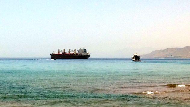 שביתה בנמל: אוניהנאלצה לעזוב ריקה