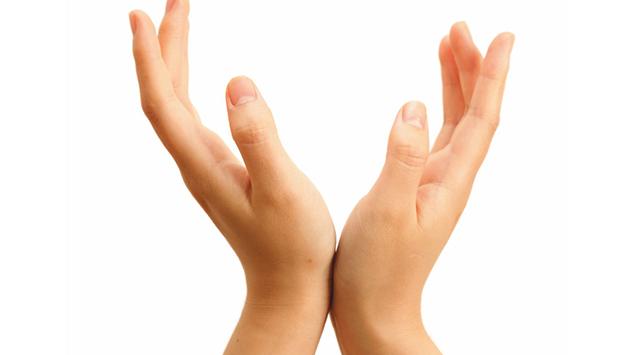 להצליח בשתי ידיים
