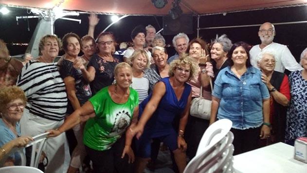 כבר לא לבד - פעילות חברתית לקשישי העיר הבודדים