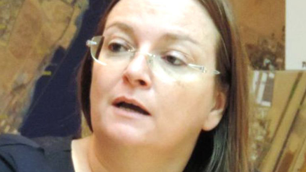 היועמ''ש לעירייה: ''אסור למנות עובדי עירייה לוועדות הרשות''