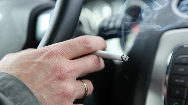 די לעישון במוניות