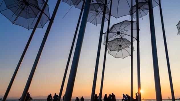 חופשת פסח באתונה וסלוניקי: היעדים המומלצים לחופשה חגיגית באביב