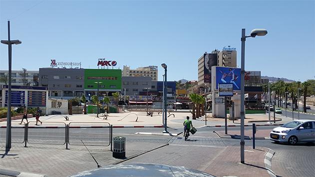 מדוע הופכת עיריית אילת את אזור התיירות לאזור למגורים?