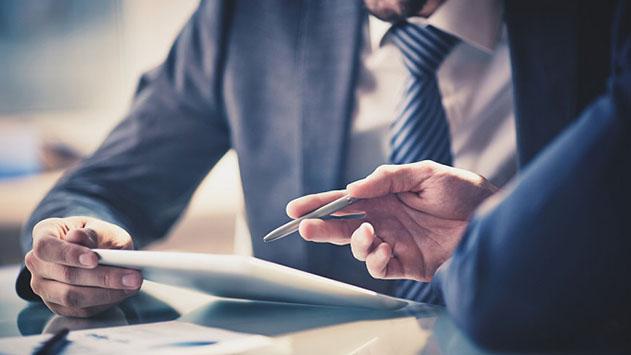 מה הן היתרונות של יעוץ כלכלי לעסקים?