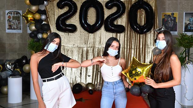 בוגרי תיכון ''בגין'' חותמים את 2020 בצל הקורונה