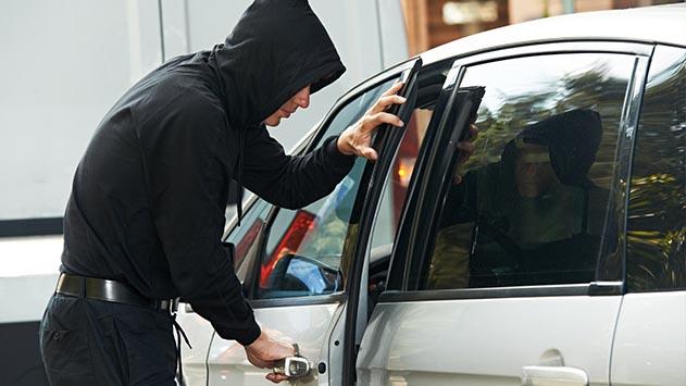 פרץ וגנב מכספת מלון  הרודס ולא ישלח למאסר